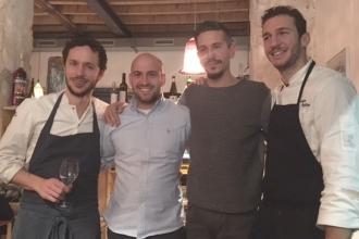 01 - Gli chef Marco Ambrosino e Salvatore Giugliano con Jason Ligas e Andrea Sala
