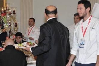 03 - Lo chef Salvatore Giugliano alla cena con Maradona